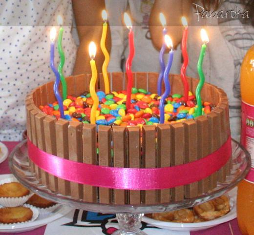Bolo Aniversário Kit Kat